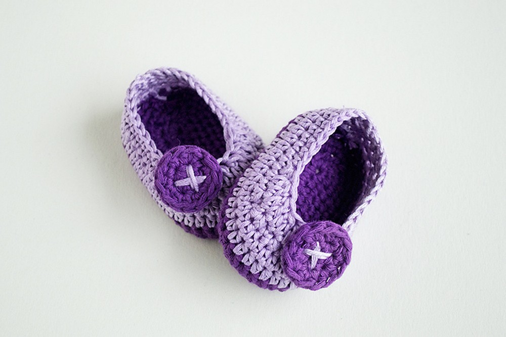 Crochet Baby Booties Violet Butterfly