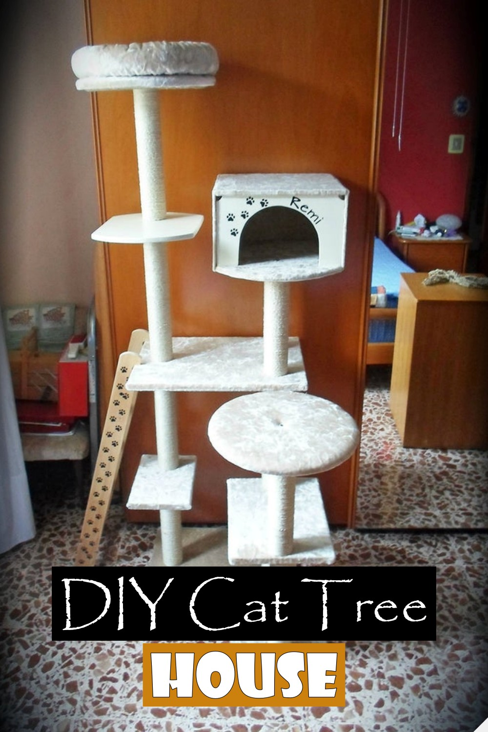 Tree House For Kitty